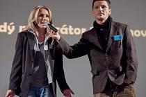 Moderátorka Tereza Pergnerová v pátek předsedala porotě plné známých osobností, která v českolipském kině Crystal hodnotila budoucí moderátorské hvězdy v klání Mladý moderátor 2014.