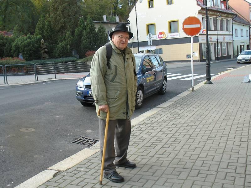 Osvald Hons žije v Mimoni již 81 let.