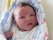 Rodičům Janě Novákové a Miloslavu Kolářovi z České Kamenice se v pondělí 2. dubna v 11:38 hodin narodil syn Slávek Kolář. Měřil 51 cm a vážil 3,75 kg.