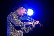 Tradiční Tříkrálový koncert v českolipském Jiráskově divadle tentokrát hostil houslového virtuosa Pavla Šporcla.
