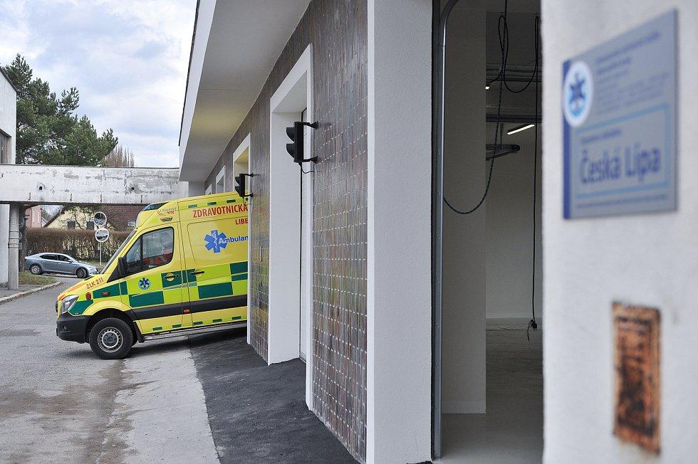 Moderní stanoviště v areálu českolipské nemocnice stálo více než 9 milionů korun.