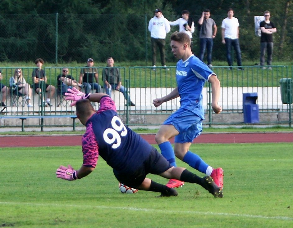 Arsenal Česká Lípa B (modré dresy) - Horní Police 11:1.