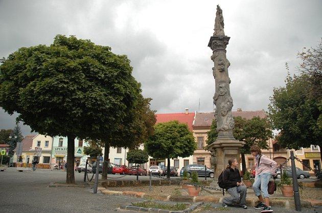 Centrum Mimoně.
