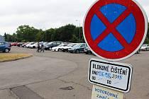 Omezení čekají pacienty a návštěvníky českolipské nemocnice při parkování na hlavním parkovišti u restaurace Arbes od této až do příští soboty 20. června.