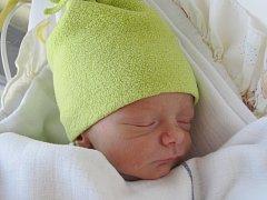 Mamince Lence Prázové z Mimoně se v pátek 20. března ve 22:18 hodin narodil syn Dominik Práza. Měřil 47 cm a vážil 2,31 kg.