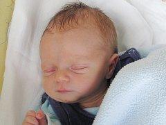 Rodičům Monice Kekulové a Tomášovi Kabrnovi z Okřešic se ve středu 20. dubna v 16:25 hodin narodil syn Jakub Kabrna. Měřil 48 cm a vážil 2,5 kg.
