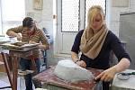 Workshopy v brusičské, rytecké, malířské dílně probíhaly v rámci dne otevřených dveří na SUPŠS v Kamenickém Šenově v roce 2011.