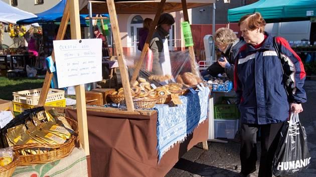 Farmářské trhy na Škroupově náměstí v České Lípě.