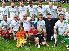 Na fotbalovém stadionu TJ Doksy se v sobotu konal tradiční turnaj v malé kopané Jurčik Cup 2015. Vyhrál tým Soccer reality.