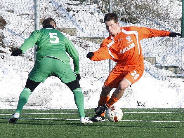 Porážkou 0:2 od Litoměřic skončil přípravný zápas fotbalistů Nového Boru.