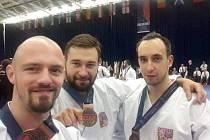 Zlaté družstvo. Adam Zdobinský, Jan Drobeček a Jakub Kolek.