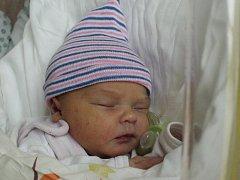 Mamince Michaele Heczkové z Nového Boru se v pondělí 9. října v 1:10 hodin narodila dcera Anna-Marie Grohmannová. Měřila 49 cm a vážila 3,04 kg.