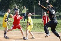 Třetí výhru vybojovali házenkáři českolipské Lokomotivy. Porazili Liberec.