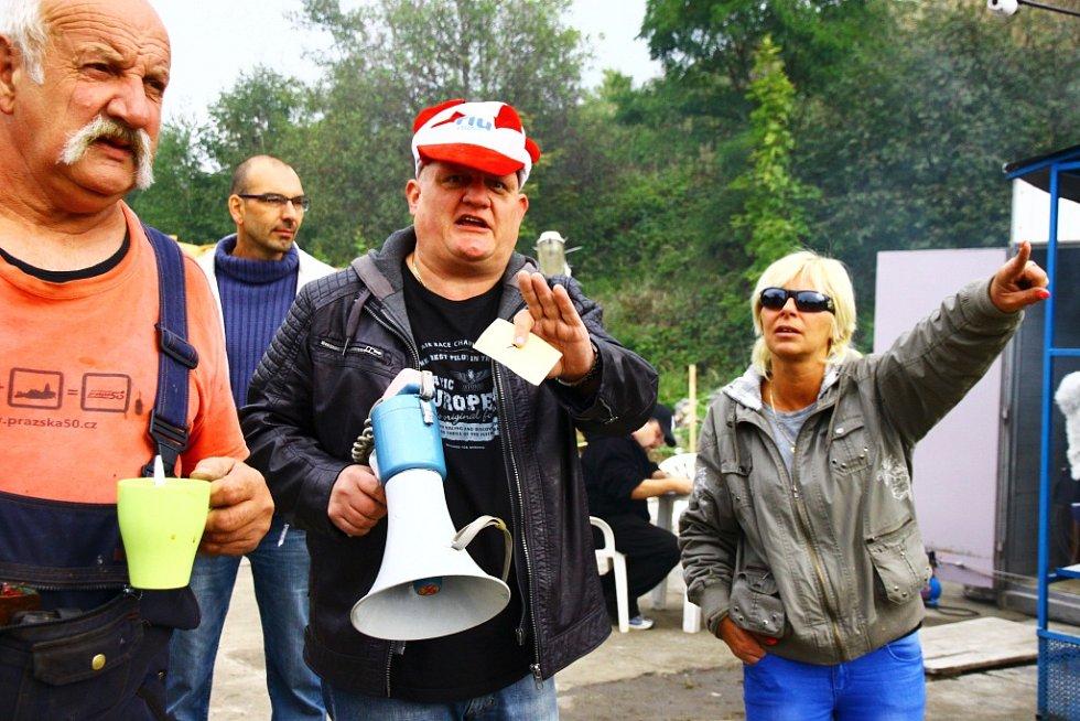 Demoliční derby v Zákupech.