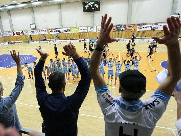 Florbalová 1. liga zve na duel Lípa vs. Kladno.