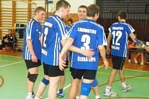 Spokojenost po 3. kole Českého poháru starších žáků ve volejbale zavládla v českolipském A–týmu.