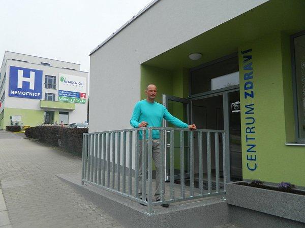 Mezi hosty nechyběl ani Pavel Znamenáček, českolipská sportovní legenda, který je společně splavkyní Petrou Chocovou patronem centra.