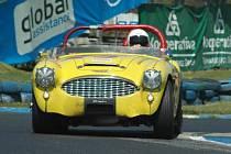 Jezdci v historických a sportovních automobilech a formulích se o víkendu sjedou na autodrom v Sosnové.