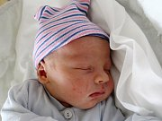 Rodičům Heleně Karalové a Patriku Černému z Rumburku se v úterý 13. února v 11:15 hodin narodil syn Adam Karal. Měřil 50 cm a vážil 3,67 kg.