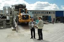 Unikátní recyklační linku slavnostně otevřela firma ENVY Recycling s.r.o. v úterý ve Stráži pod Ralskem.