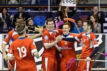Česká reprezentace se raduje z výhry na Euro Floorball Tour.
