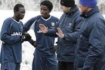 Africké posily českolipského Arsenalu Charles Uka a Ahmed Umar.