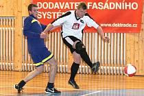 Urputné, ale férové futsalové boje byly k vidění mezi vánočními svátky v zákupské sportovní hale, kde se konal turnaj.