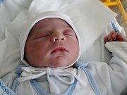 Rodičům Ivě Drobné a Jaroslavu Čapkovi ze Sosnové se v pátek 4. srpna ve 2:03 hodin narodil syn Jaroslav Čapek. Měřil 53 cm a vážil 4,24 kg.