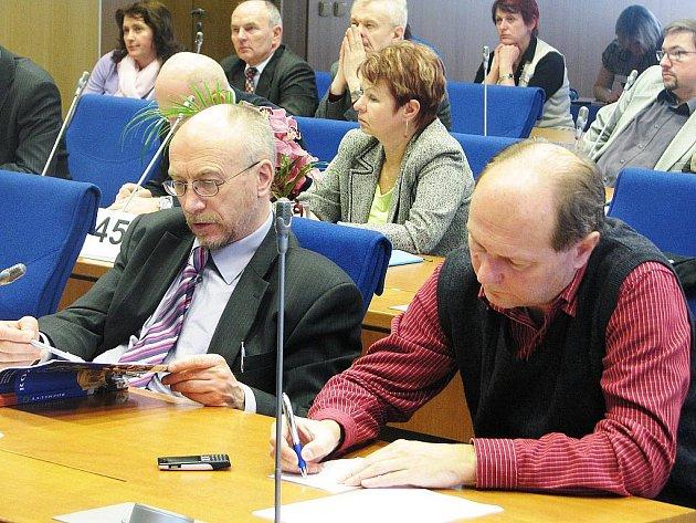 V úterý se na Krajském úřadě Libereckého kraje sešli zástupci vedení kraje, středních škol a starostové na společném semináři k chystané reformě sítě škol.