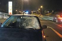 Při přecházení přechodu pro chodce v Purkyňově ulici v České Lípě zemřela žena