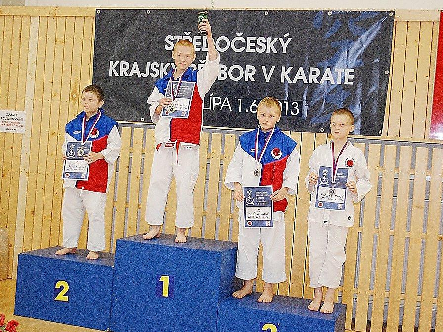 Sport Relax a stupně vítězů mladších žáků 8-7kyu.
