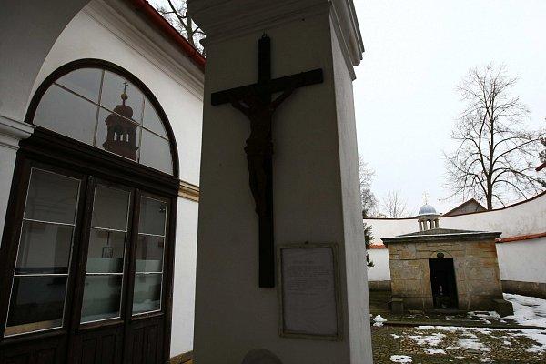 Význam Velikonoc si mohli lidé připomenout vareálu Božího hrobu vMimoni.