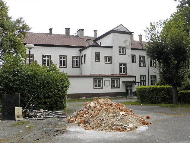 Do budovy bývalé LDN v Novém Boru se vrátí senioři