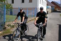 Strážníci na kolech