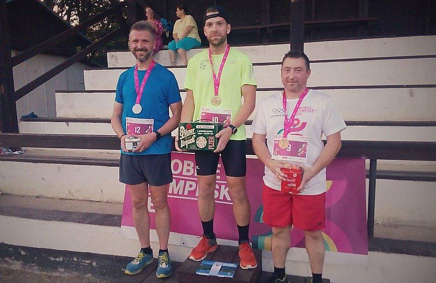Olympijský běh v Tuhani.