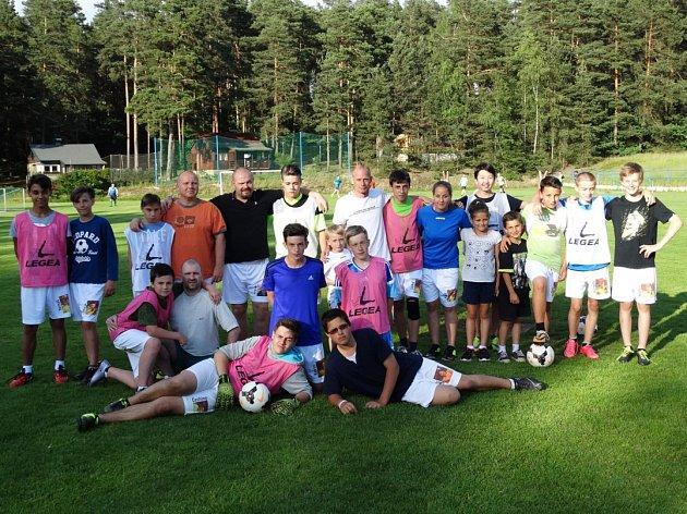 Okresní přebor starších žáků vyhráli s přehledem fotbalisté Stráže pod Ralskem