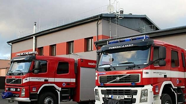 Novoborští hasiči dostanou podzemní nádrž na vodu.