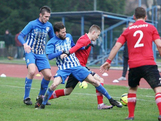 Arsenal Česká Lípa - SS Ostrá 0:3 (0:1).