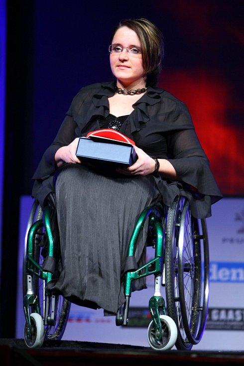 Zvláštní cenu pro handicapovaného sportovce převzala Petra Hurtová (paracycling).