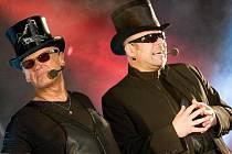 Vokální soubor 4TET, jehož jednou čtvrtinou je zpěvák Jiří Korn, vystoupil v pondělí večer v KD Crystal.
