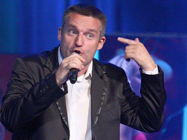 Vladimír Hron bude bavit lidi v Horní Polici i v Dubé.