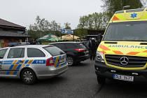 RUŠNO bylo i po zápase. Domácí se zlobili na rozhodčí. Incident řešila policie, přivolána byla lékařská služba.