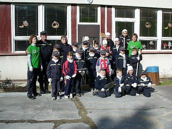 V Doksech se do projektu zapojili místní hasiči.