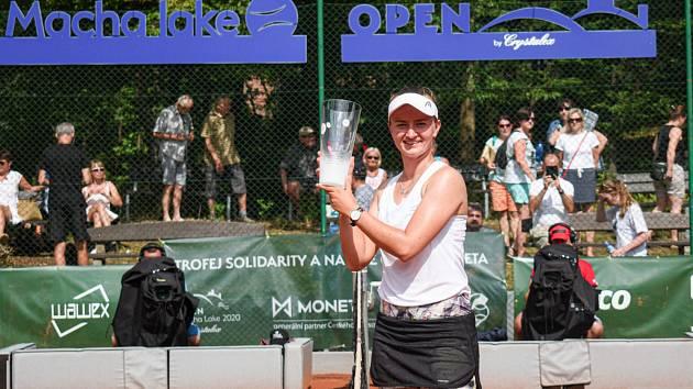 V roce 2020 slavila Barbora Krejčíková, která vyhrála 19. ročník Mácha Lake Open.