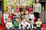 Žáci 1. A ZŠ Dr. Miroslava Tyrše Česká Lípa s třídní učitelkou Olgou Žárskou.