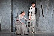 Herci pražského Divadla Viola přivezli do Jiráskova divadla v České Lípě inscenaci Neumím jinak než láskou.