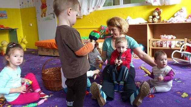 Miniškolka Delfínek funguje v České Lípě tři roky. ... 7d34849bf3