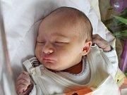 Rodičům Zuzaně Mohauptové a Petru Vondráčkovi z Doks se v úterý 17. října v 8:46 hodin narodila dcera Karolína Vondráčková. Měřila 51 cm a vážila 3,15 kg.