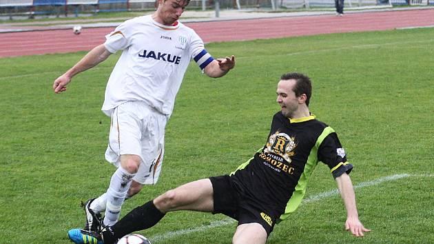 Marek Burian (vlevo) ještě v dresu rezervního týmu Arsenalu Česká Lípa, kde působil v loňské sezoně.
