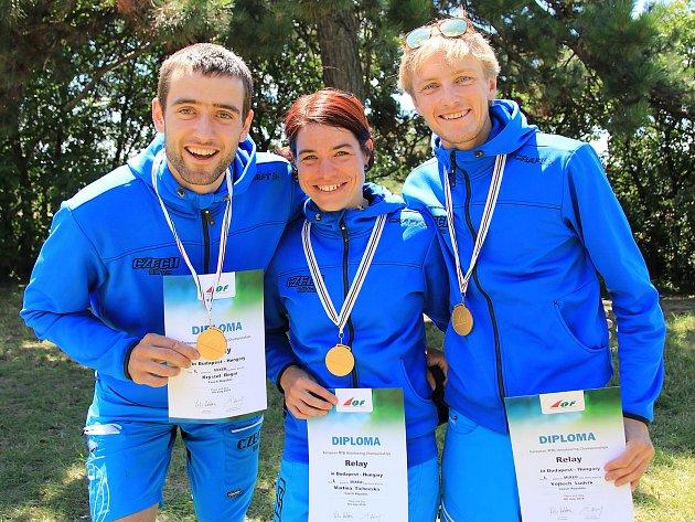 Kryštof Bogar, Martina Tichovská a Vojtěch Ludvík získali titul mistrů Evropy ve smíšené štafetě.
